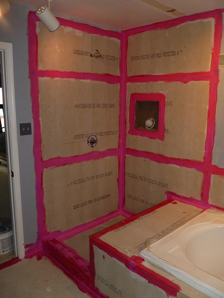 Lou Bathroom - 6