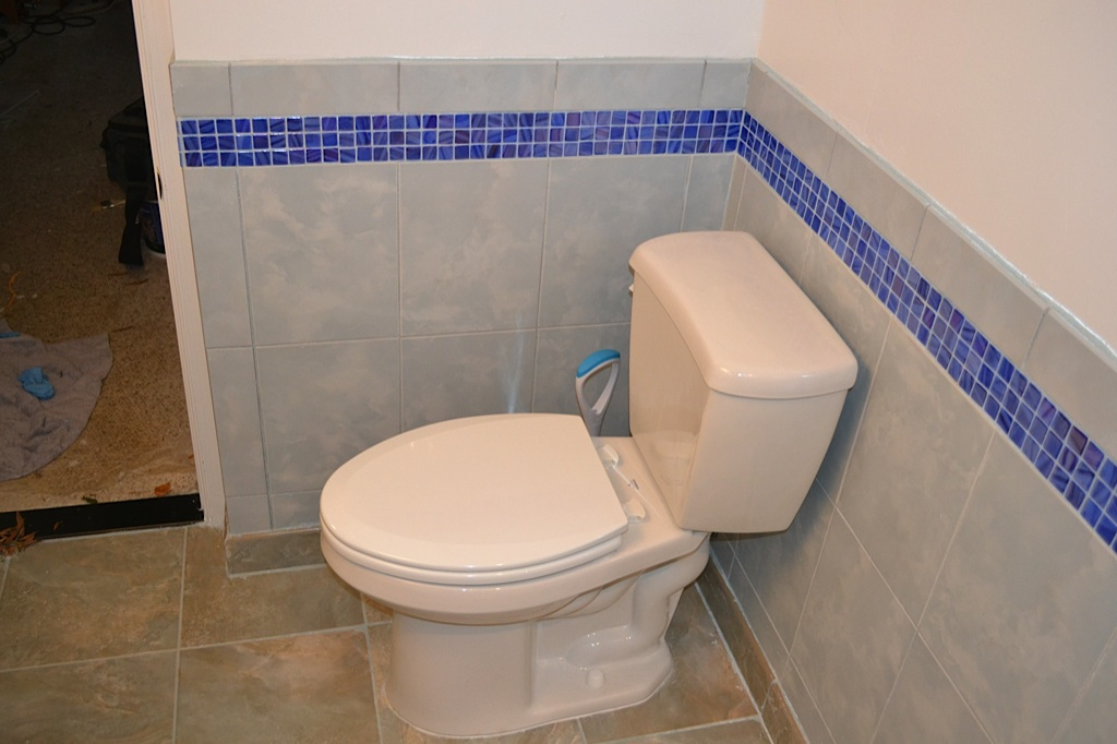 Pete Bathroom - 11